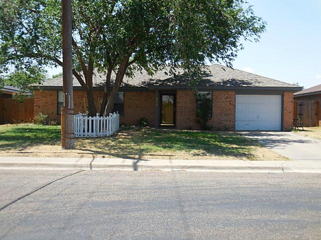 Photo of 614 4th St Canyon, TX 79015
