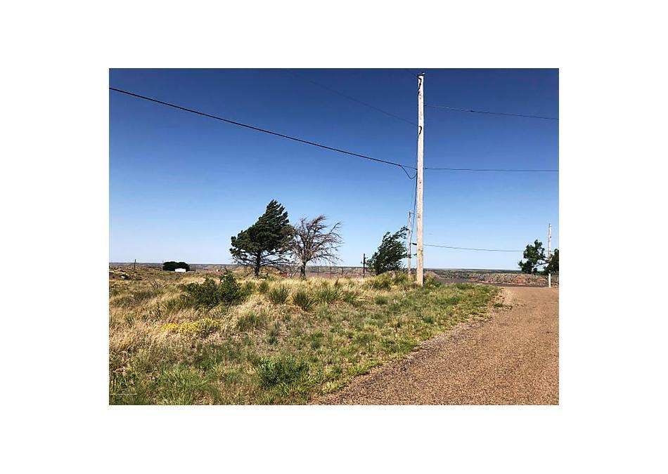 Photo of 247 Dawn Dr Fritch, TX 79036