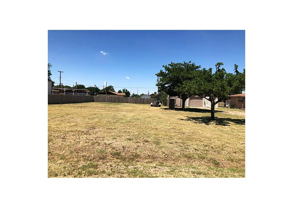 Photo of 2300 Smiser St Bushland, TX 79119
