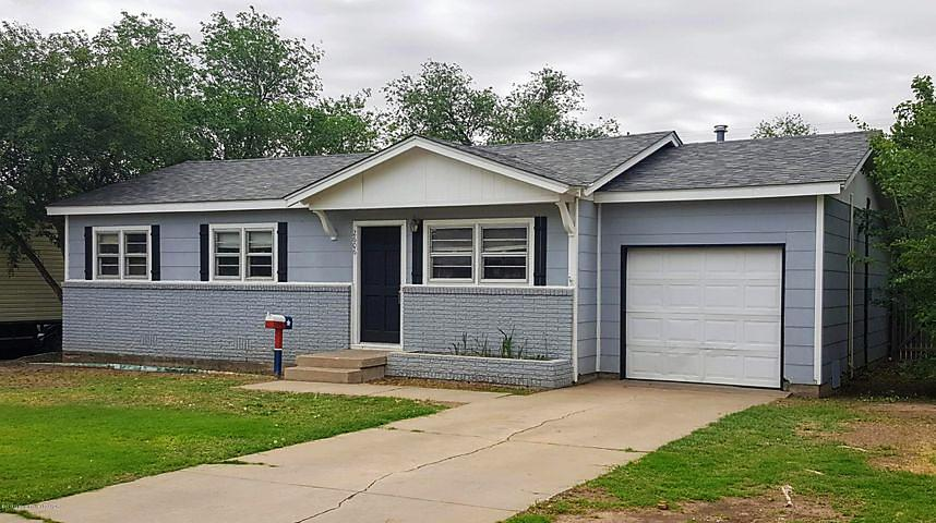 Photo of 2606 12th Ave Canyon, TX 79015
