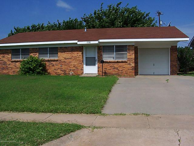 Photo of 1516 Pellinore St Borger, TX 79007
