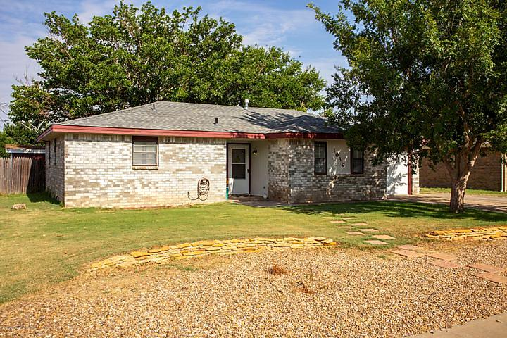 Photo of 1032 Holly Ln Canyon, TX 79015