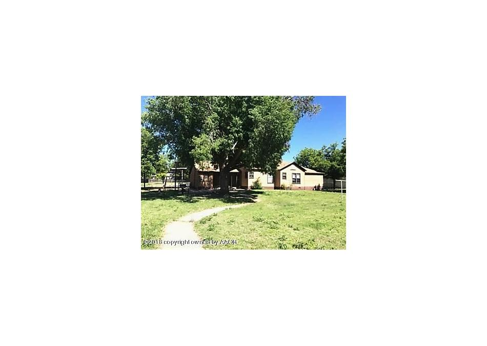 Photo of 703 S 9th St Memphis, TX 79245