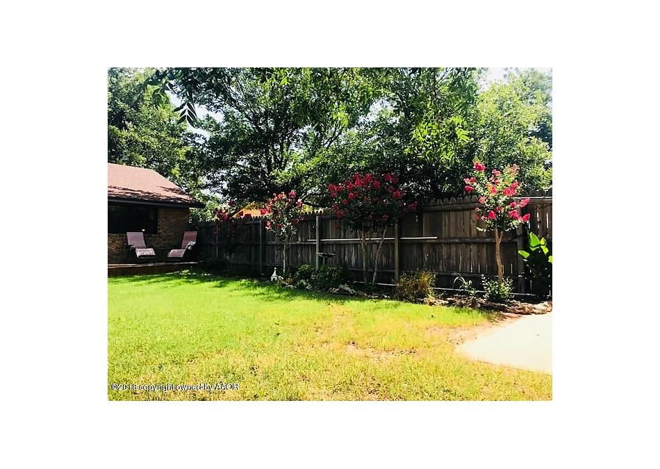 Photo of 404 Ave K Childress, TX 79201