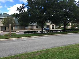 Photo of 1540 Business Center Drive Fleming Island, FL 32003