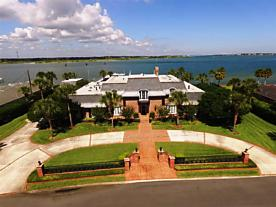 Photo of 207 Inlet Drive St Augustine, FL 32080
