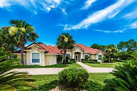 Photo of 250 Fiddlers Point Dr St Augustine, FL 32080
