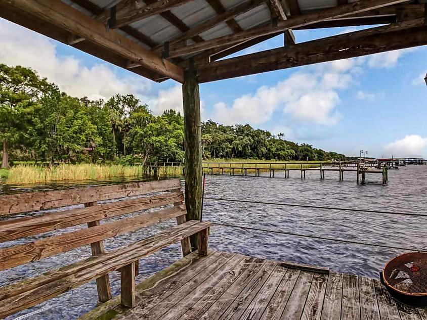Photo of 231 West River Rd Palatka, FL 32177