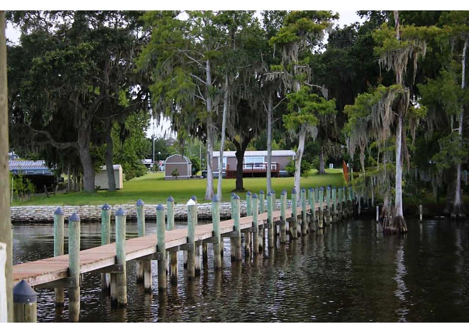 Photo of 302 Crescent Lake Shore Dr Crescent City, FL 32112