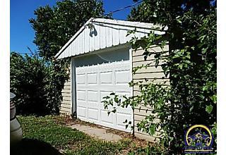 Photo of 823 Ne Forest Ave Topeka, KS 66616