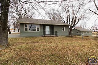 Photo of 400 Indiana Ave Holton, KS 66436