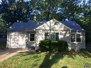 Photo of 930 Sw Anderson Ter Topeka, KS 66606