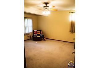Photo of 4700 Sw Moundview Dr Topeka, KS 66610