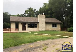Photo of 3215 Nw Rochester Rd Topeka, KS 66618