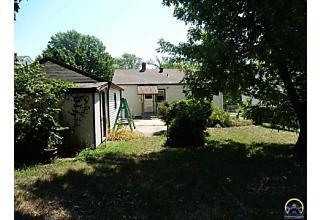 Photo of 2321 Sw Harrison St Topeka, KS 66611