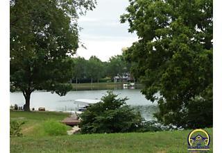 Photo of 7130 Sw Fountaindale Rd Topeka, KS 66614