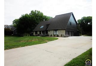 Photo of 7623 Sw Robinhood Ct Topeka, KS 66614