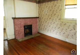 Photo of 1320 Sw Boswell Ave Topeka, KS 66604