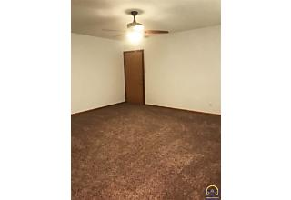 Photo of 1301 Sw Fillmore St Topeka, KS 66604