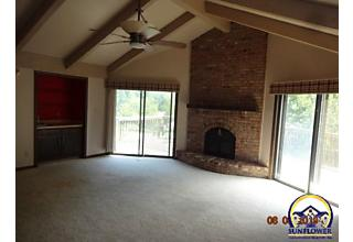 Photo of 3400 Sw Skyline Pky Topeka, KS 66614