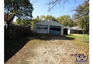 Photo of 835 Ne Michigan Ave Topeka, KS 66616