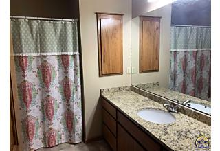 Photo of 3700 Sw Clarion Park Dr Topeka, KS 66610