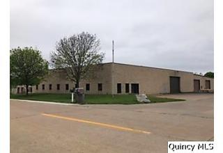 Photo of 2517 Schneidman Drive Unit A Quincy, IL 62305