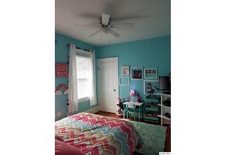 Photo of 1321 Locust Quincy, IL 62301