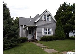 Photo of 401 N Marion Street Carthage, IL 62321