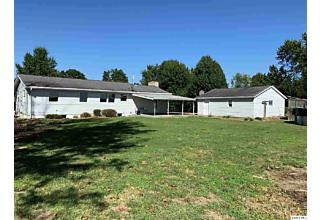 Photo of 2824 Joyce Road Quincy, IL 62305