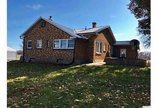 Photo of 1533 Boy Scout Rd Quincy, IL 62305