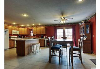 Photo of 3235 Ghost Hollow Rd Quincy, IL 62305