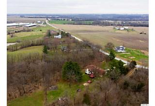 Photo of 7301 White Oak Road Quincy, IL 62305