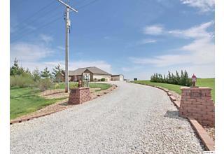 Photo of 1175 E County Road 900 Basco, IL 62313