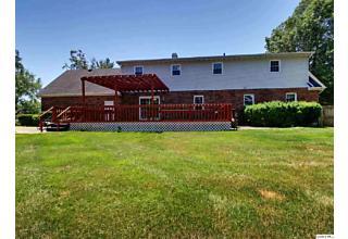 Photo of 4301 Abbey Ridge Quincy, IL 62305