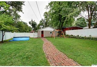 Photo of 319 S 16th St Quincy, IL 62301