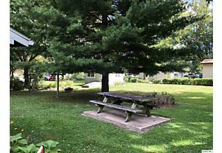 Photo of 402 N Chestnut Versailles, IL 62378