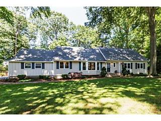 Photo of 6 Coventry Square Holmdel, NJ 07733