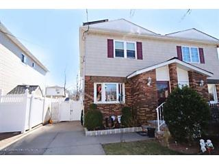 Photo of 1098 Rensselaer Avenue Staten Island, NY 10309