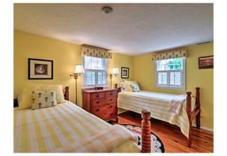 Photo of 12 Stonebarn Way Nantucket, Massachusetts 02554