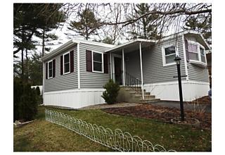 Photo of 14 Judith Circle Wareham, Massachusetts 02576