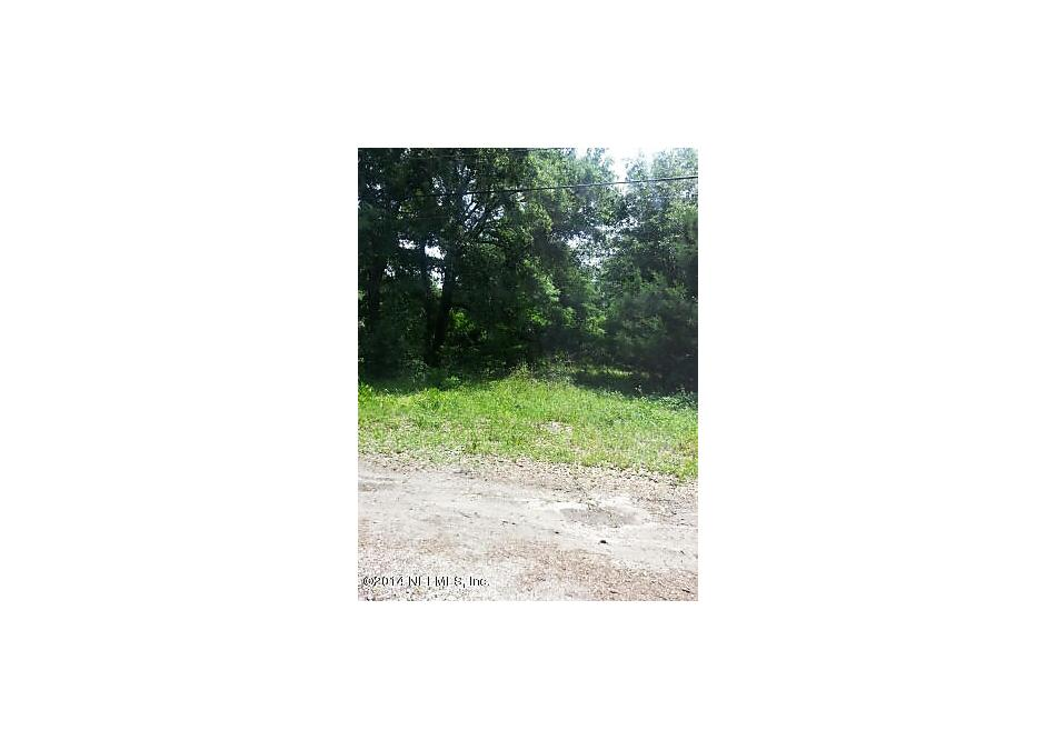 Photo of 10695 Mc Laurin Rd Jacksonville, FL 32256