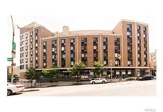 Photo of 150   Featherbed Lane Bronx, NY 10452