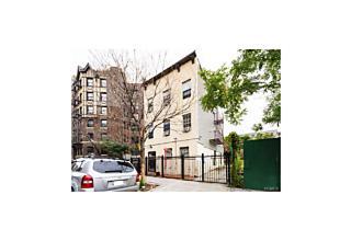 Photo of 118   Rockwood Street Bronx, NY 10452