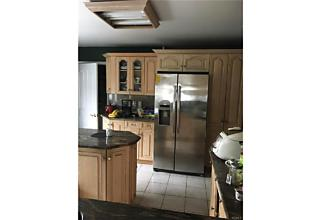 Photo of 99   Waterside Close Eastchester, NY 10709