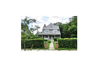 Photo of 8   Orchard Place New Rochelle, NY 10801