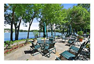 Photo of 64   Waterside Close Eastchester, NY 10709