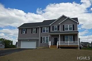 Photo of 107 Winding Brook Court New Windsor, NY 12553