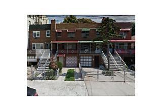 Photo of 2562   Radcliff Avenue Bronx, NY 10469