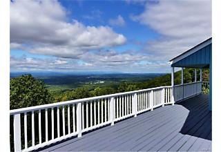 Photo of 315   Woodmont Road Hopewell Junction, NY 12533